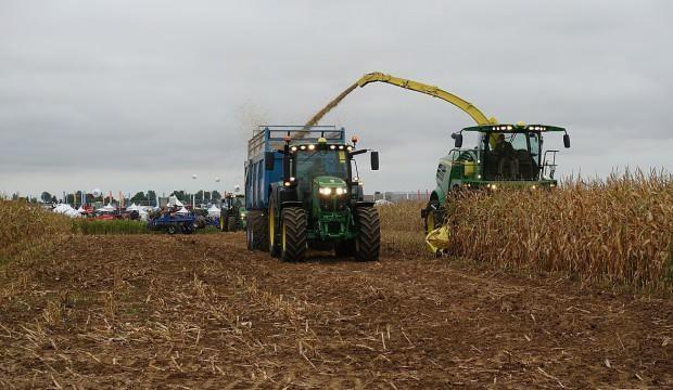Çiftçi üretime devam etti, traktör satışları iki kat arttı
