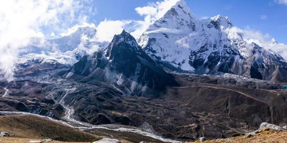 Everest Dağı'nın yüksekliği yeniden ölçülecek