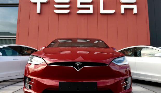 Tesla kullanıcılarının kişisel bilgileri sızdırıldı!