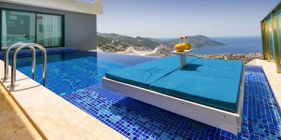 Turizm cenneti Antalya'da 'temassız tatil' hazırlıkları tamamlandı