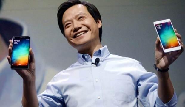 Xiaomi CEO'sunun rakibinin telefonunu kullandığı ortaya çıktı