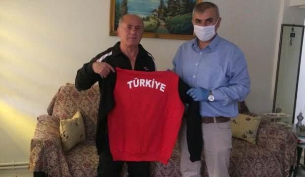 Türkiye Güreş Federasyonu'ndan emektar güreşçilere destek