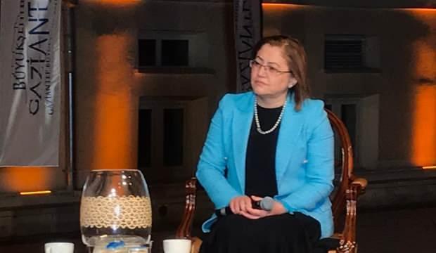 Başkan Fatma Şahin: Programa gelmeden önce bulaşıkları yıkayıp geldim