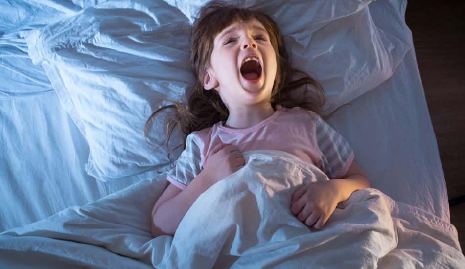 Korkan çocuğa okunacak en etkili dua! Gece uykusunda ağlayan çocuğa korku duası
