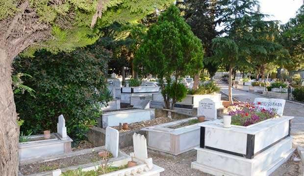 Bayramda mezarlık ziyaretleri yasak mı? Arefe ve bayram günü mezarlıklar açık mı?