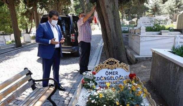 Tevfik Göksu, Ömer Döngeloğlu Hoca'nın kabrini ziyaret etti