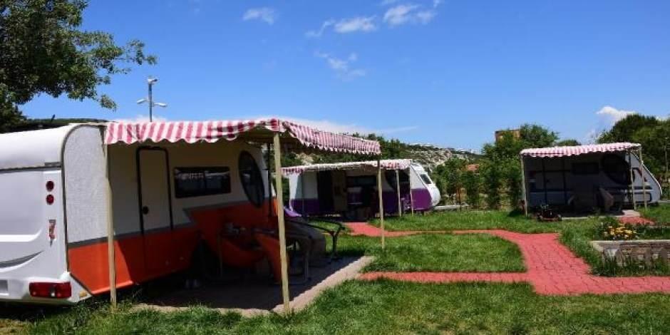 Doğayla iç içe tatil: Karavan Otel'e yoğun talep