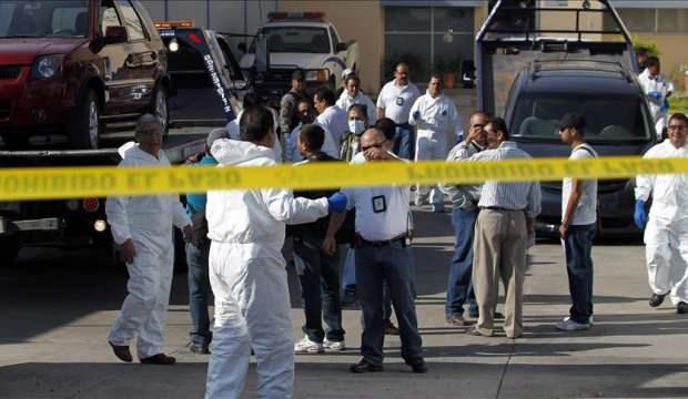 Meksika'da uyuşturucu çeteleri birbirine girdi: 11 ölü