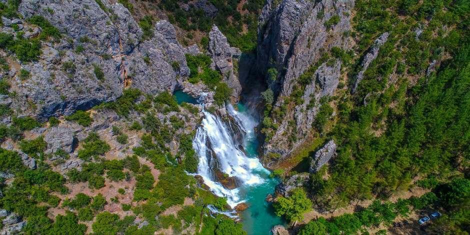 Uçansu Şelalesi Antalya'nın keşfetmeye değer saklı cenneti