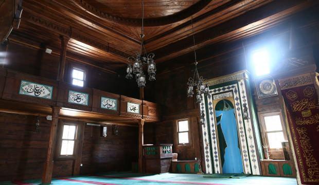 136 yıllık 'çivisiz cami' görenleri hayrete düşürüyor