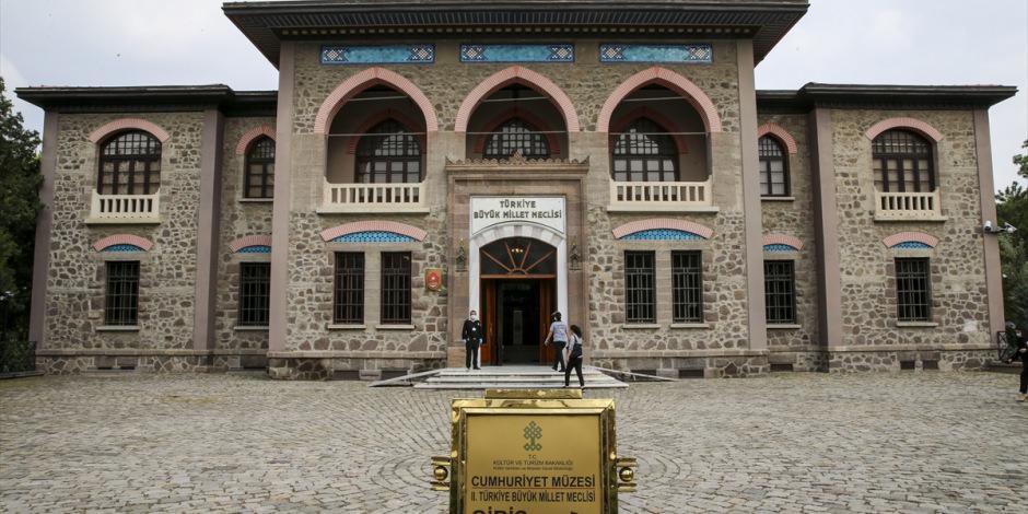 300'ü aşkın müze ve ören yeri ziyaretçilerini bekliyor