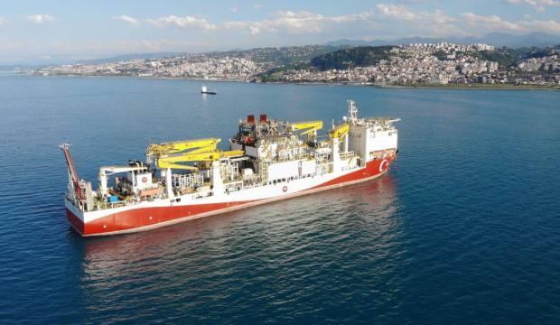 Bakan Dönmez: Fatih, Karadeniz seferinin ilk durağı Trabzon'da
