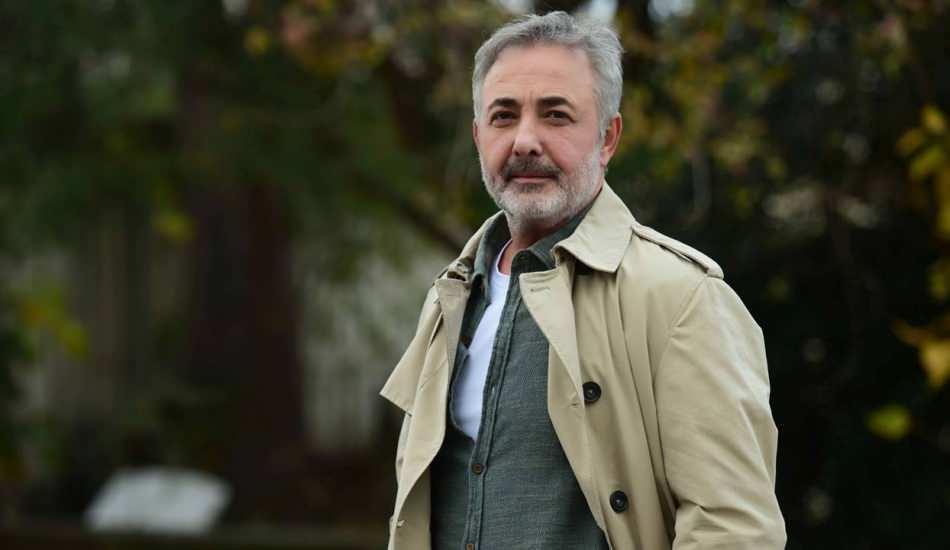 Mehmet Aslantuğ'dan sosyal medya çağrısı