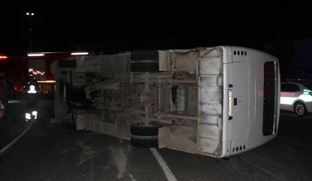 Tekirdağ'da feci kaza! Otomobille servis minibüsü çarpıştı