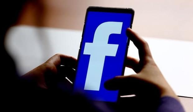 Sonunda Facebook'ta karanlık moda geçiyor