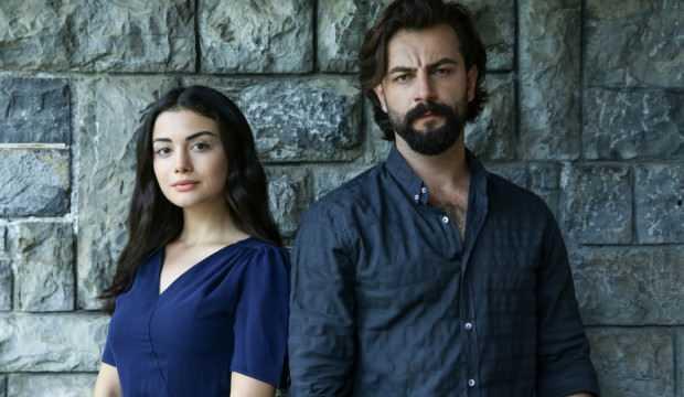 Yemin dizisinin Emir'i tüyoyu verdi! Özge Yağız'ın ayrılığı sonrası Reyhan'da sürpriz