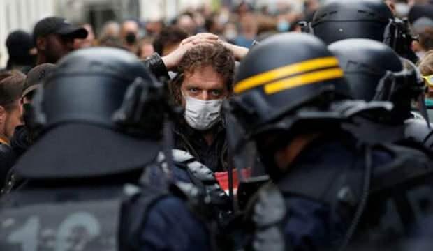 Fransa'da protestolarda gerginlik! Birçok kişi gözaltına alındı