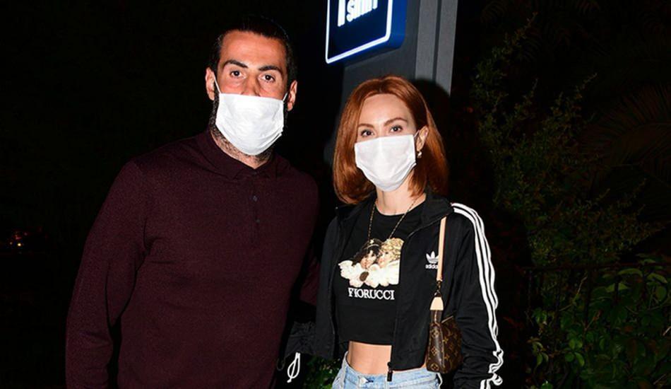 Kaleci Volkan Demirel ve eşi Zeynep Demirel'den 1 milyonluk kebap keyfi!