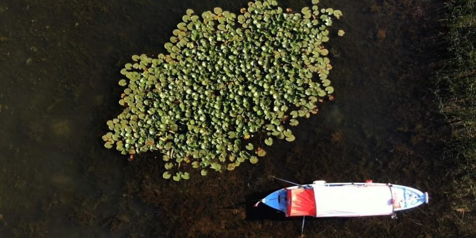 Uluabat Gölü'nün ortasında saklı güzellik