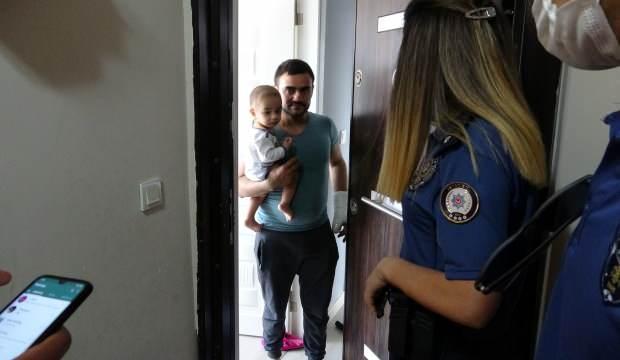 Annelerini odaya kilitleyip evden çıkan küçük çocuklar paniğe neden oldu