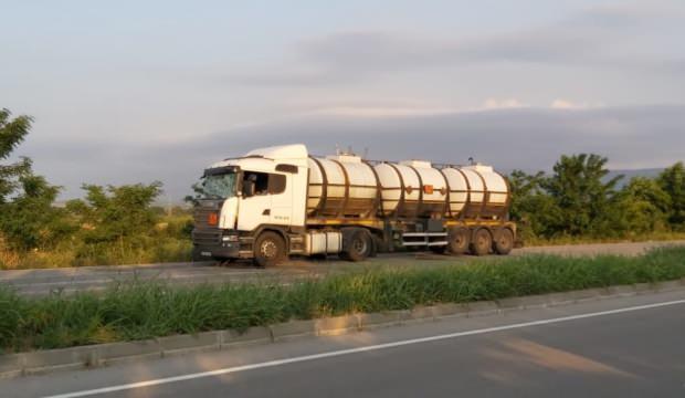 Balıkesir'de minibüsle tanker çarpıştı: 12 yaralı
