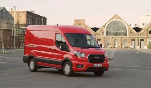 Ford 2020 Transit'e ''park asistanı'' özelliği geldi