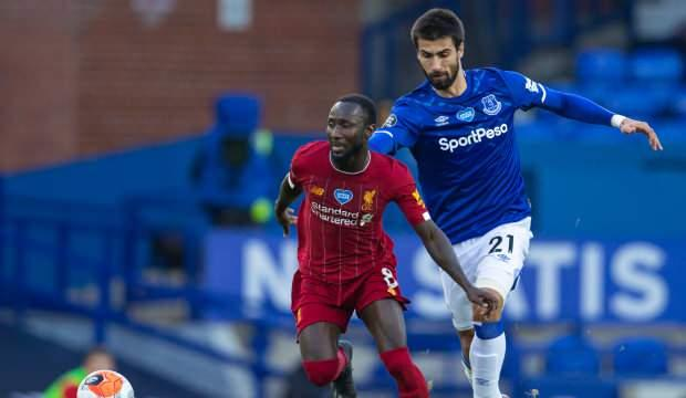 Lider Liverpool, Everton'a takıldı