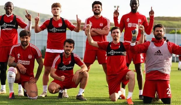 Net cevap! 'Galatasaray benim hayalim'