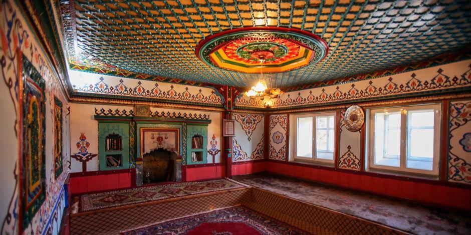 Ahşaba işlenen göz nuru sanat: 150 yıllık köy odaları