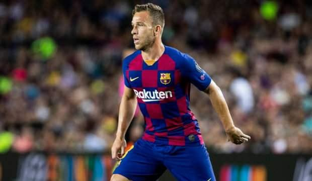 Barcelona Arthur'u resmen duyurdu