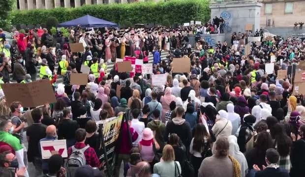 Belçika'da başörtüsü skandalı! Binlerce kişi protesto etti