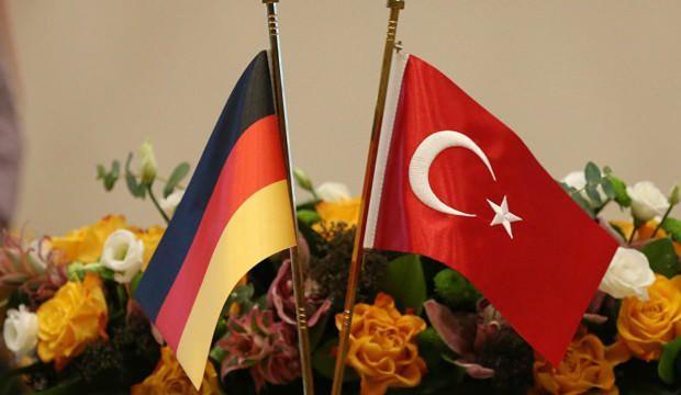 Alman devinin başkanından yeni dönem mesajı! En ciddi aday Türkiye