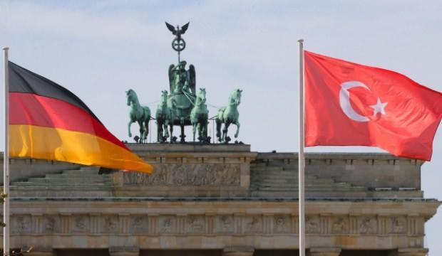 Alman istihbaratı raporu: MİT'in odağında