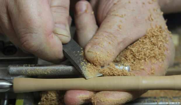 Bursalı usta ahşaptan yaptı, Hindistan'a tanesini 175 liraya satıyor