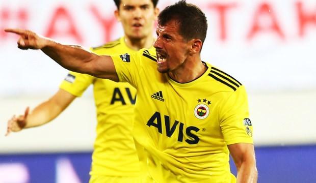Emre Belözoğlu attığı golle tarihe geçti!