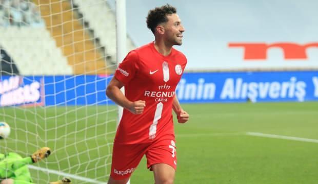 Fenerbahçe ve Trabzonspor Sinan Gümüş için transfer yarışında