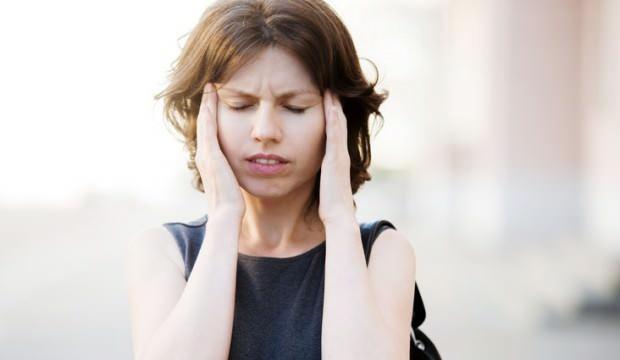 Göz kararması neden olur? Sık sık yaşanan ani göz kararması hangi hastalıkların habercisidir?