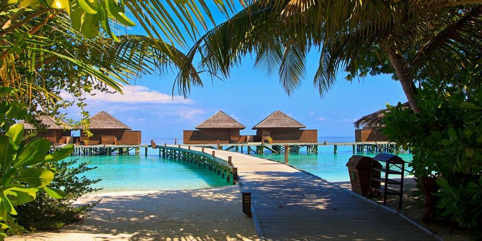 Maldivler kapılarını turistlere açıyor
