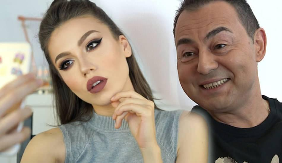 Serdar Ortaç'ın gençlik imajı ve Duygu Özaslan'ın benzerliği sosyal medyayı salladı!