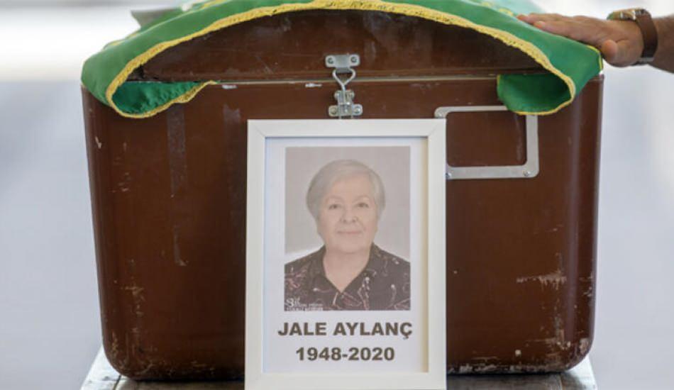 Usta sanatçı Jale Aylanç'ın cenaze namazı kılındı