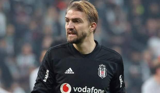 Emre Belözoğlu, Caner Erkin'i ikna etti!