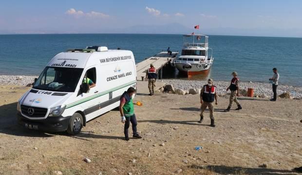 Van Gölü'nde can kaybı 37'ye yükseldi