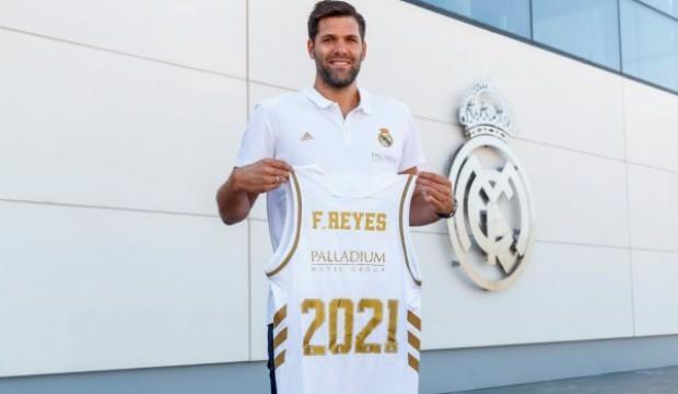 Felipe Reyes'in sözleşmesi 1 yıl uzatıldı