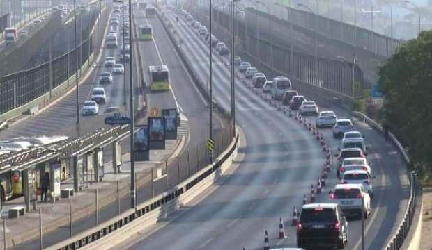 Haliç'te trafik yoğunluğu devam ediyor: Araç kuyrukları Edirnekapı'ya ulaştı