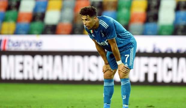 Juventus şampiyonluğunu ilan etme fırsatını tepti