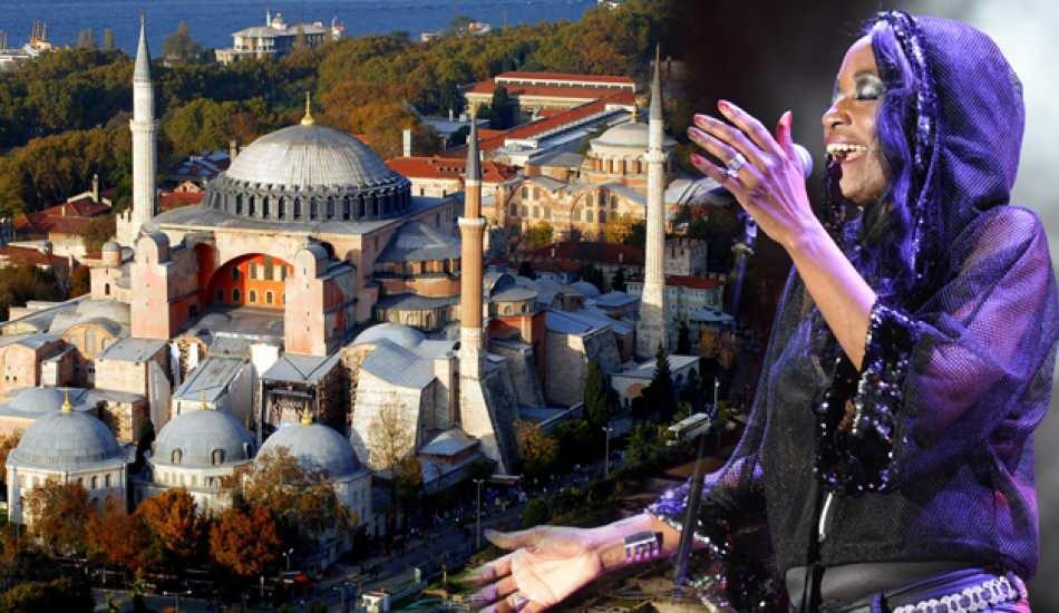 ABD'li şarkıcı Della Miles'tan Ayasofya'nın ibadete açılmasına destek geldi