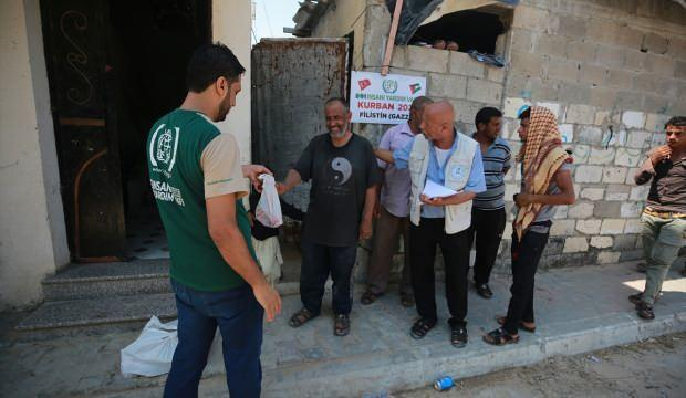 İHH'dan Gazze'de 4 bin 200 aileye kurban yardımı
