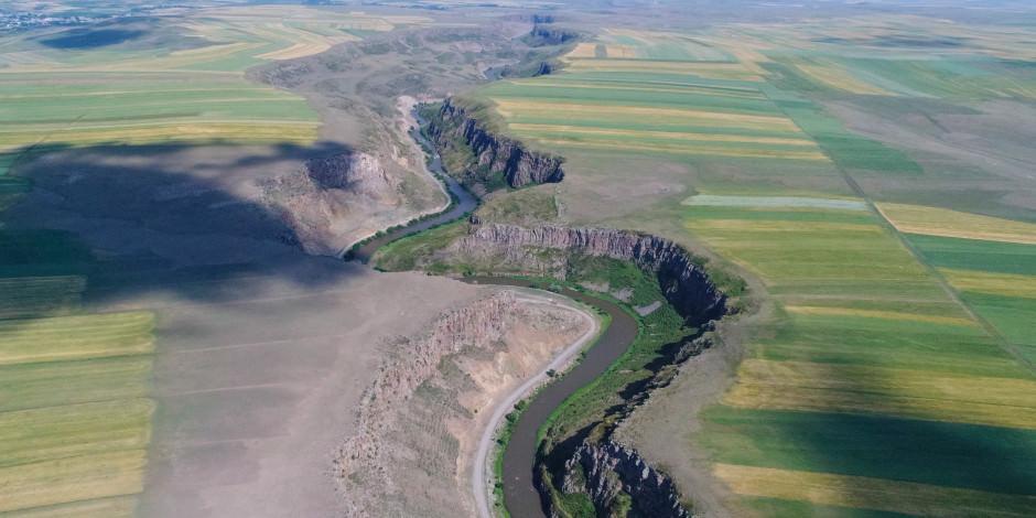 Kars'ın yeni turizm cazibesi 'Akyaka Kanyonu'