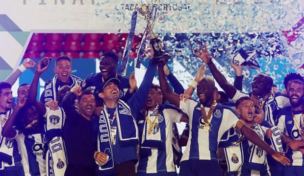 Porto sezonu çifte kupayla bitirdi
