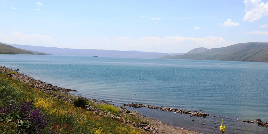 Şehrin karmaşasından kurtulmak isteyenlerin adresi: Balık Gölü